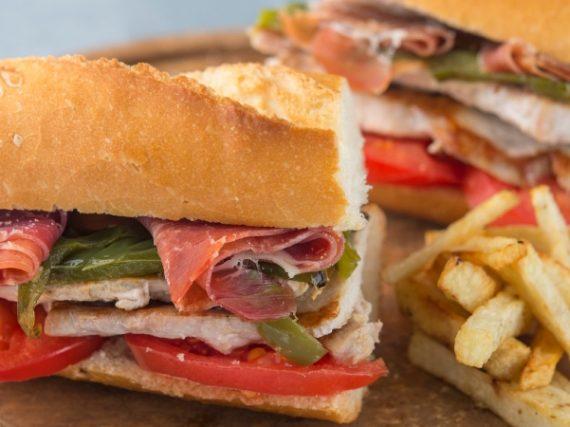 Recette du Serranito, le sandwich typique de l'Andalousie