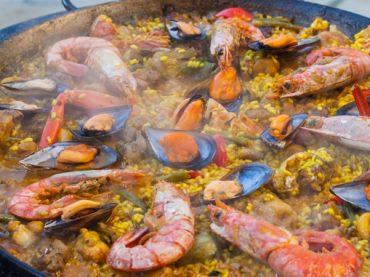Paella mixte, l'une des plus célèbres de la Méditerranée
