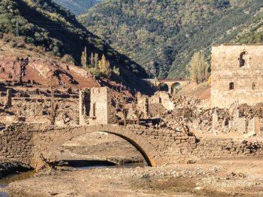 Des villages déplacés depuis leur site d'origine, un nouveau commencement