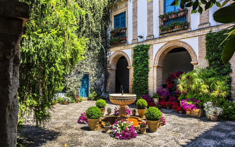 L'un des patios du Palais de Viana, Cordoue