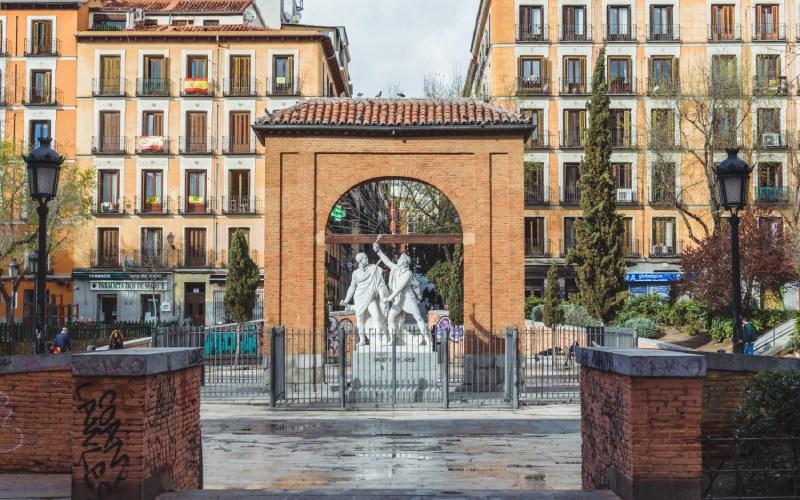 Plaza Dos de Mayo ou Place du Deux Mai