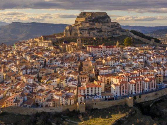 La ville médiévale de Morella et sa forteresse imprenable