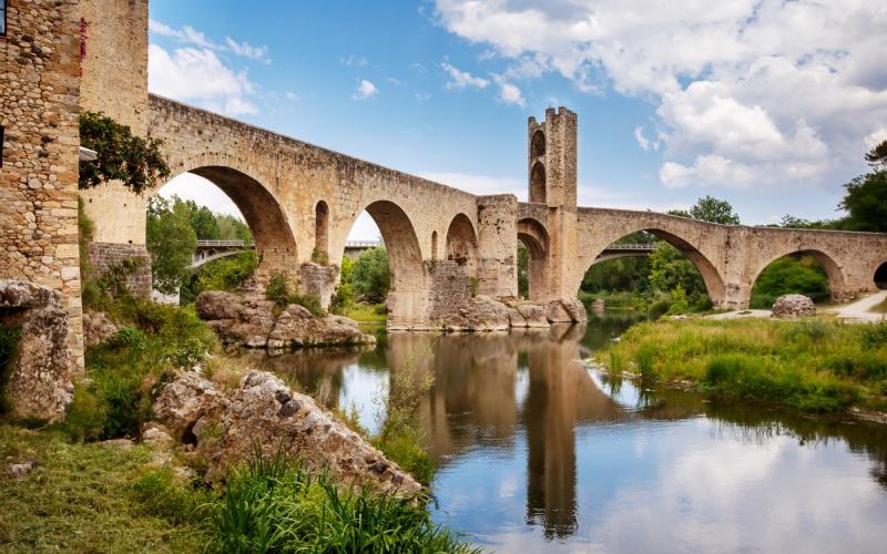 Pont médiéval de Besalú