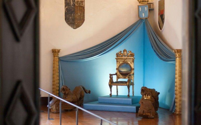 Le trône de Gala, château de Púbol