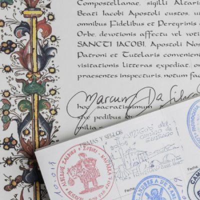 Voici la traduction du certificat de la Compostela