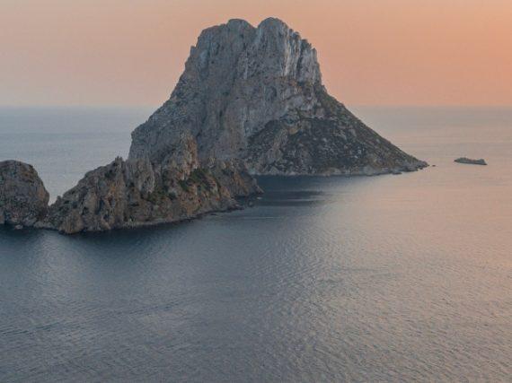 Es Vedrà, l'île des ovnis aux Baléares