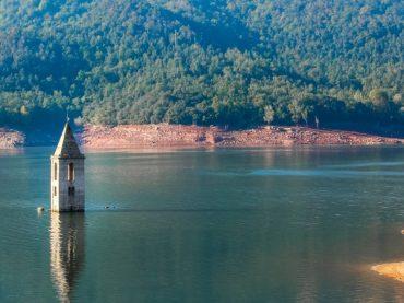 Neuf endroits engloutis qui refont surface quand la sécheresse frappe l'Espagne
