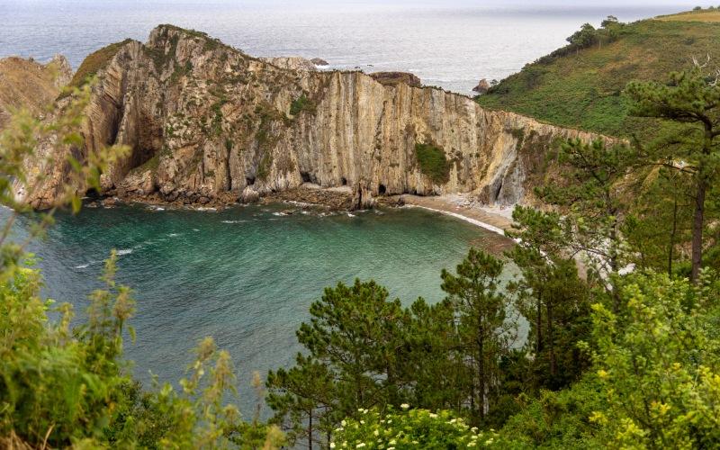 La géologie est un point fort de cette plage