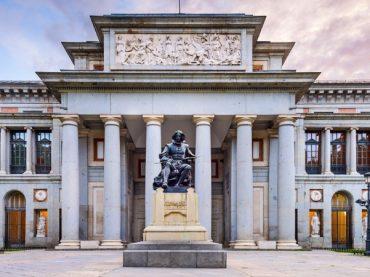 Visitant le musée du Prado de Madrid