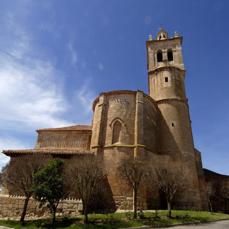 Église du charmant village de Tordómar