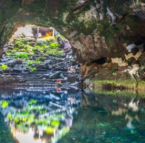 Les Jameos del Agua, un câlin entre un homme et un volcan