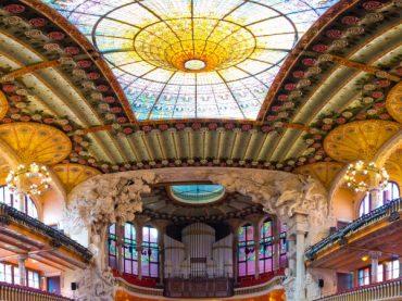 6 bâtiments modernistes en Espagne qui ressemblent l'œuvre de Gaudí