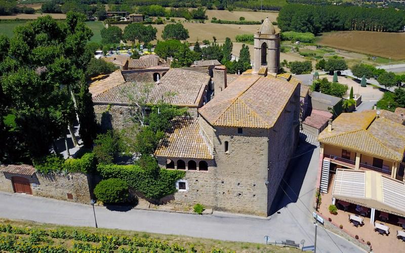 Vue aérienne du château de Púbol