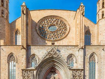 Basilique Santa María del Mar, une icône du quartier gothique de Barcelone