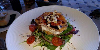 Comer Frigiliana restaurante garden