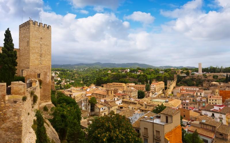 Vue de Tortosa depuis le château de Suda