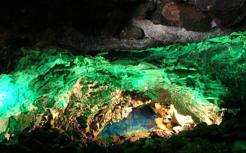 Une des entrées du tunnel de l'Atlantide