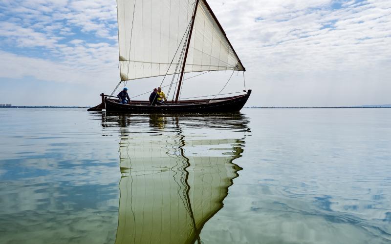 La navigation traditionnelle à la voile latine