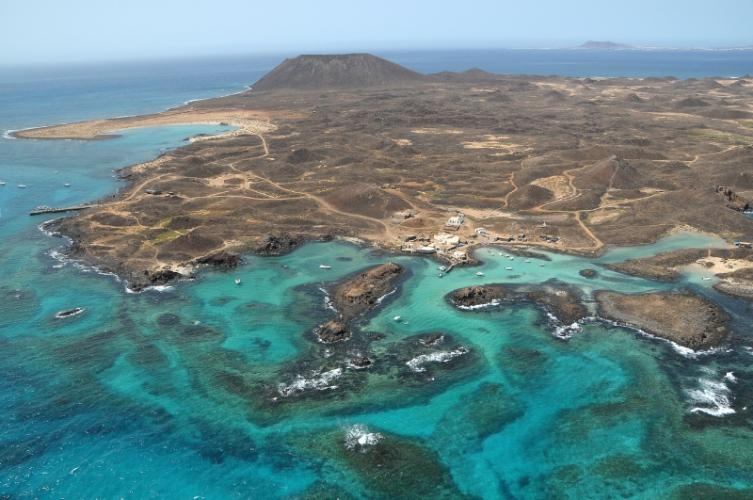 Vue aérienne de l'île de Lobos